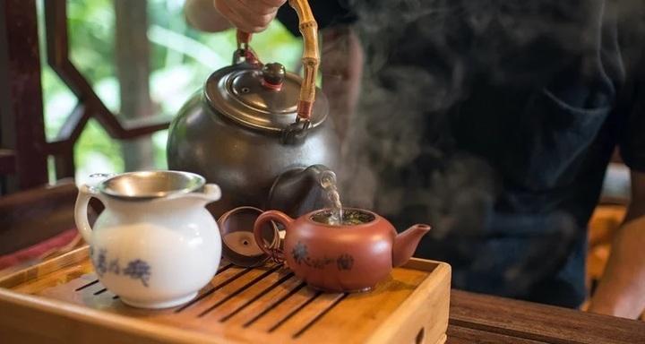 台湾茶とワインを楽しむ1dayセミナー 中国茶のニューワールド台湾茶を紐解く