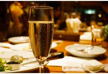 \お鍋とワイン?/東京赤坂で一風かわったワインイベント発見。グルマン&ノムリエの会に潜入!(ワインイベント参加者レポート)