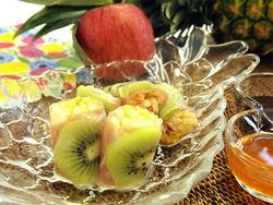 【ワインに合う低カロレシピ】夏のフルーツ生春巻き