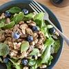 砂肝とマッシュルームとブルーベリーのサラダ