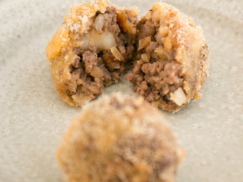 牛肉とクミンのポテトコロッケ