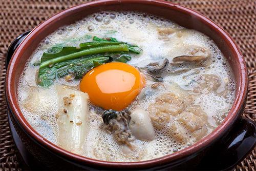 【ワインに合うヘルシー鍋レシピ】海鮮ごま味噌鍋