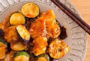 鶏むね肉とナスのチリソース炒め
