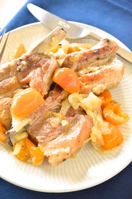 「豚スペアリブと金柑の煮込み」ワインのおつまみレシピ