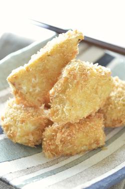 タケノコの山椒チーズフライ