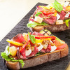 【少々夏バテ… 食欲よみがえりレシピ!】ローストビーフと夏野菜のオープンサンド