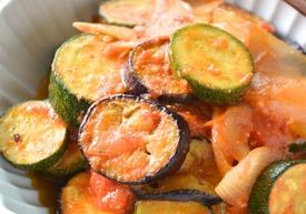 夏野菜のトマト味噌炒め