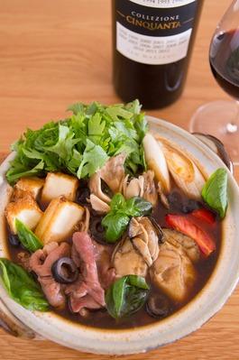 牡蠣と牛肉のイタリア風赤味噌鍋