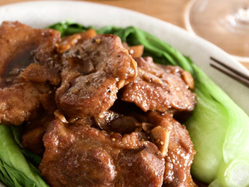 豚肉の中華風醤油煮込み