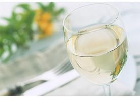 5月病に効果的!?癒やしのおすすめ白ワイン5選